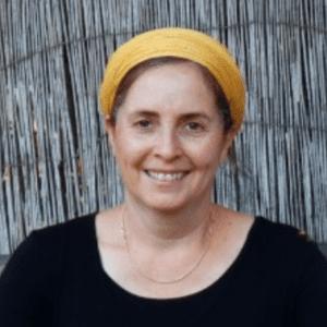 נעה בוגרת מכון אבולעפיה בית ספר לפסיכותרפיה יהודית